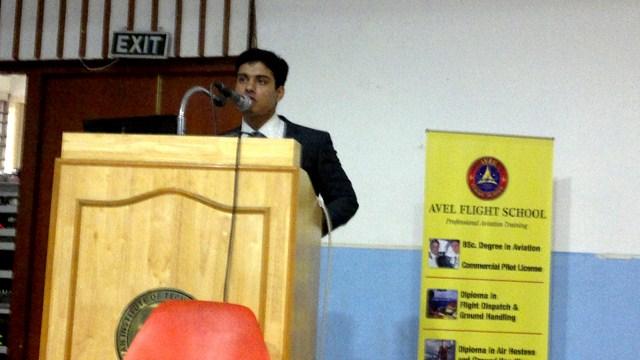 Avel Flight School Instructor Mr. Austine presenting Seminar at IIT