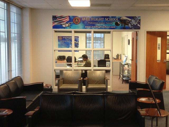 Avel Flight School Office-3