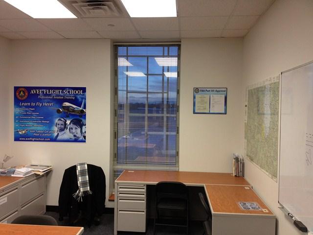 Avel Flight School Office-4
