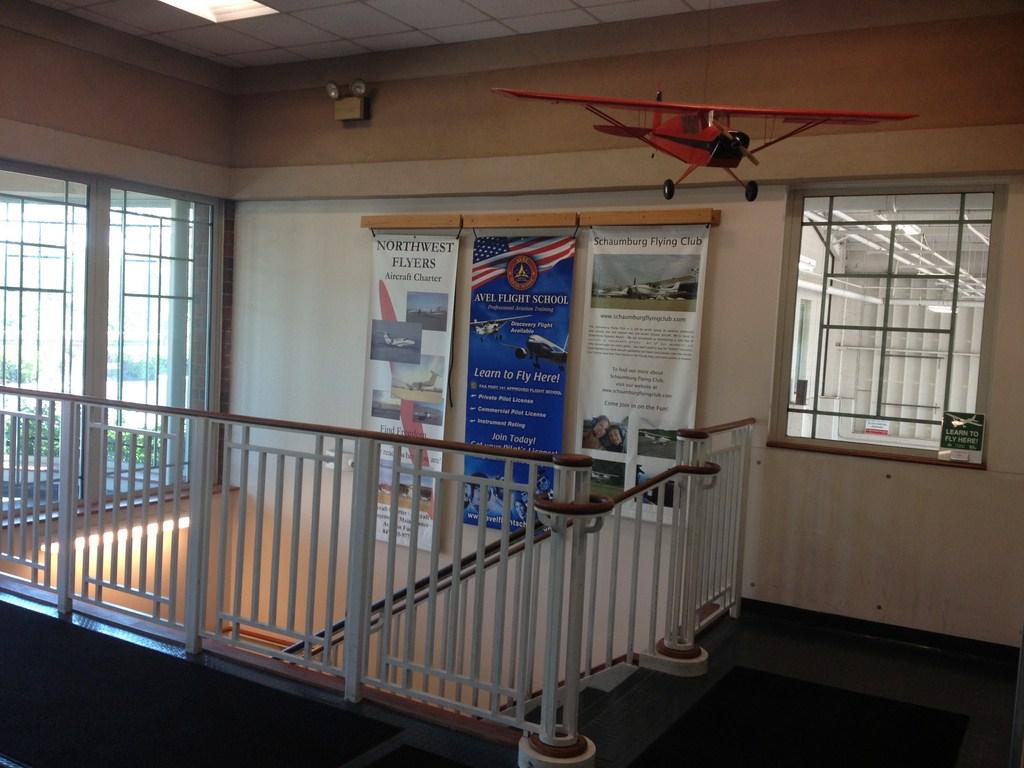 Avel Flight School at Schaumburg Regional Airport 25